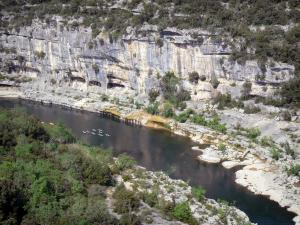 Ardèche gorges - View from the Ranc-Pointu belvedere