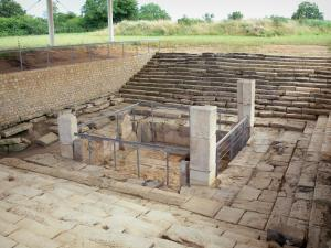 Argentomagus archaeological site - Gallo-Roman remains (fountain); in the town of Saint-Marcel