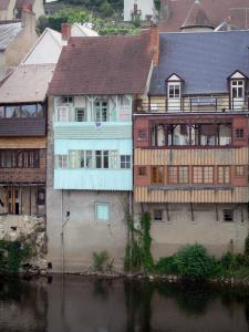 Argenton-sur-Creuse - Houses along the River Creuse; in the Creuse valley