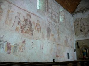 Asnières-sur-Vègre - Inside the Saint-Hilaire church: medieval wall paintings: Adoration of the Magi - Presentation at the Temple - Flight into Egypt