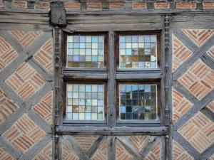 Auch - Window of the Fedel house (old half-timbered house)