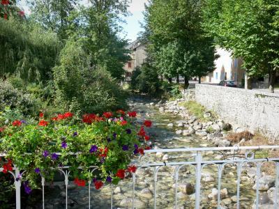 Aulus Les Bains 8 Quality High Definition Images