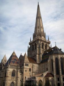 Autun - Saint-Lazare cathedral and its bell tower