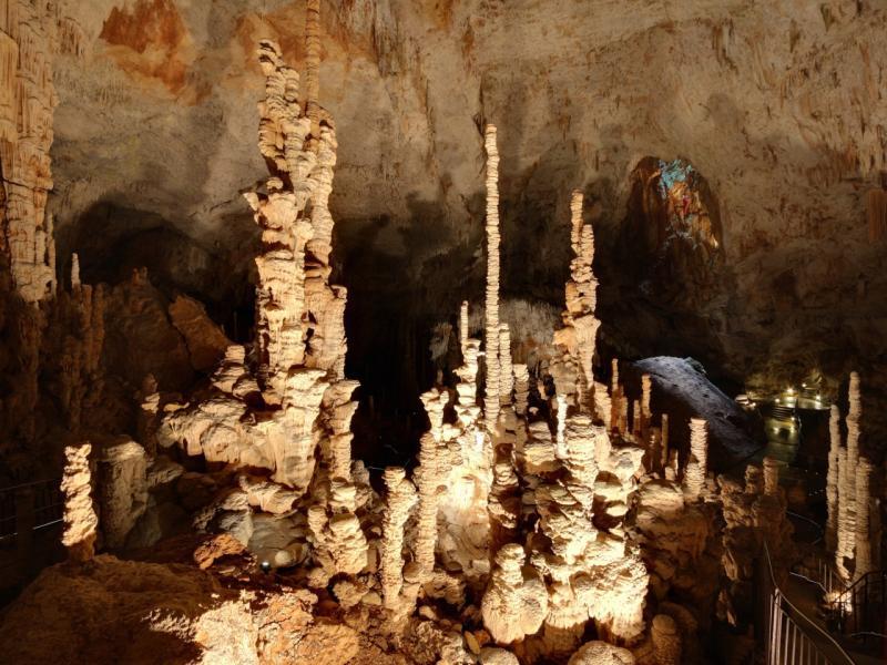 L'aven d'Orgnac - Guide tourisme, vacances & week-end en Ardèche