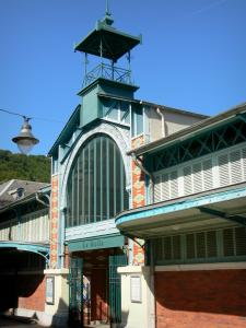 Bagnères-de-Bigorre - Spa town: covered market hall