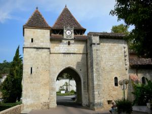 Barbotan-les-Thermes - Spa town (in Cazaubon): bell tower (old fortified gate) of the Saint-Pierre church