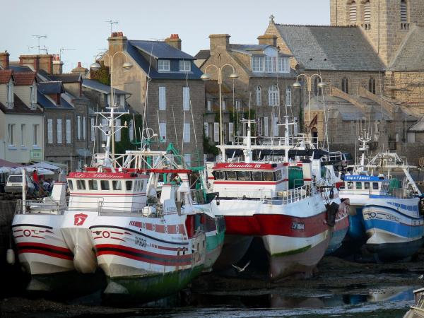 Barfleur - Tourism, holidays & weekends guide in the Manche