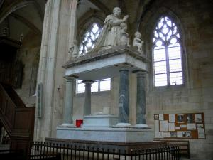 Resultado de imagen para Château de Notre Dame de Cléry