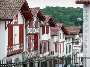 La Bastide-Clairence - Facades of half-timbered houses in the Navarre fortified town