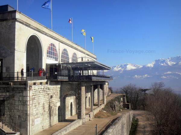 Bastille fort - Bastille (in the town of Grenoble): fort with a view of the surrounding mountains