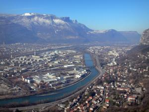Bastille fort - From the Bastille fort, view of the Isère valley, Grenoble town and mountains