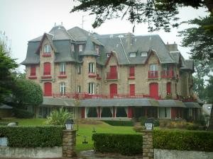 La Baule - Manor house (Marie-Louise mansion) home to a hotel