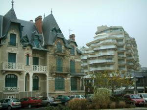 La Baule - House (villa) and building of the seaside resort
