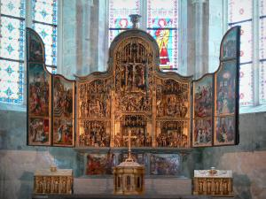 Baume-les-Messieurs - Abbey: Flemish altarpiece and stained glass windows of the Saint-Pierre abbey church