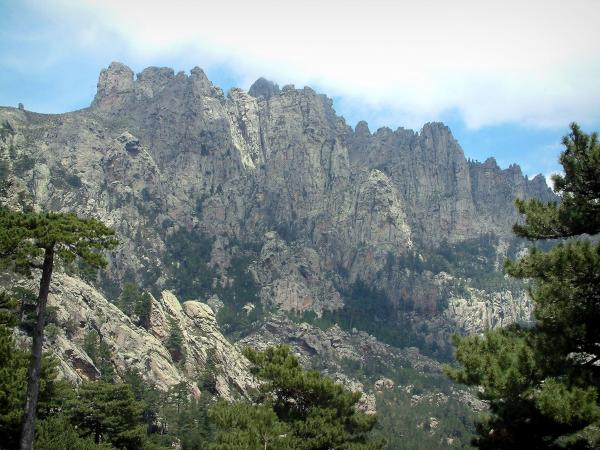 The Bavella massif - Tourism, holidays & weekends guide in the Southern Corsica