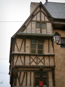 Bayeux - Half-timbered house and lamppost