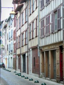 Bayonne - Facades of a half-timbered houses in the old town