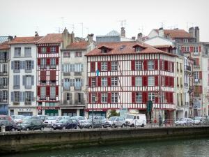 Bayonne - Facades of houses in the old town and River Nive