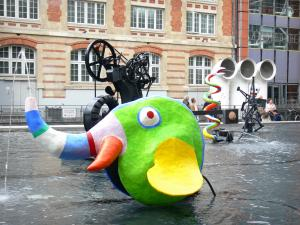 Beaubourg district - Colorful sculptures of the Stravinsky fountain