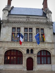 Beaugency - Renaissance facade of the town hall