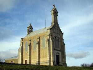 Beaujolais vineyards - Chapel of the Brouilly mount
