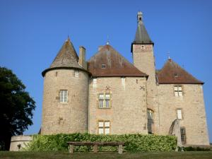 Beauvoir castle - Facade of the castle; in the town of Saint-Pourçain-sur-Besbre, in Besbre valley