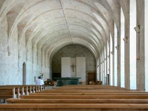 Le Bec-Hellouin - Bec-Hellouin abbey: new abbey church located in the old refectory