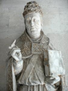 Le Bec-Hellouin - Bec-Hellouin abbey: statue of Saint Gregory