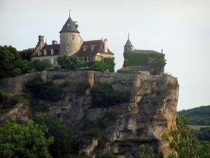 Belcastel castle - Castle with its chapel and its cliff, in the Dordogne valley