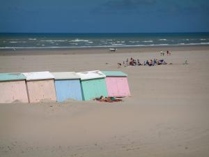 Berck-sur-Mer - Opal Coast: sandy beach, colourful beach huts and the Channel (sea) with small waves