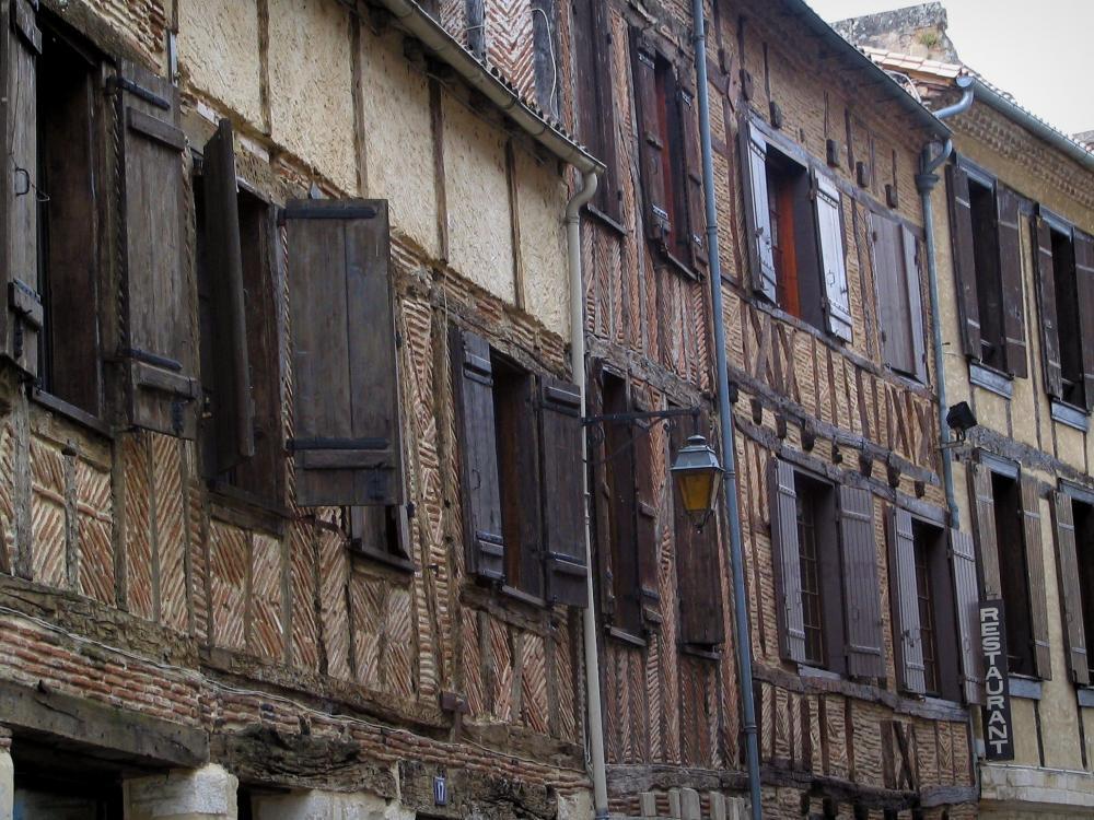 Foto 39 s bergerac 25 afbeeldingen met hoge resolutie - Gevels van hedendaagse huizen ...