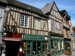 Bernay - Half-timbered houses and shops in the old town