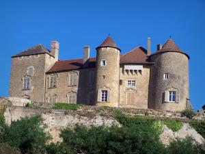 Berzé-le-Châtel castle - Facade of the medieval fortress (feudal castle); in Mâconnais