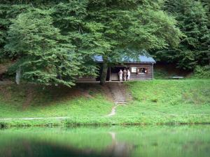Bethmale lake - Bethmale lake, bank, cabin and trees; in the Ariège Pyrenees Regional Nature Park, in Le Couserans area, in the Bethmale valley