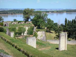 Blaye citadel - View of the Gironde estuary from the Blaye citadel