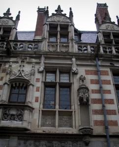 Blois - Facade of the Alluye mansion
