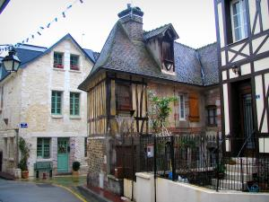 La Bouille - Houses of the village