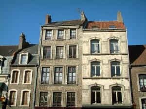 Boulogne-sur-Mer - Facades of the houses in the upper town