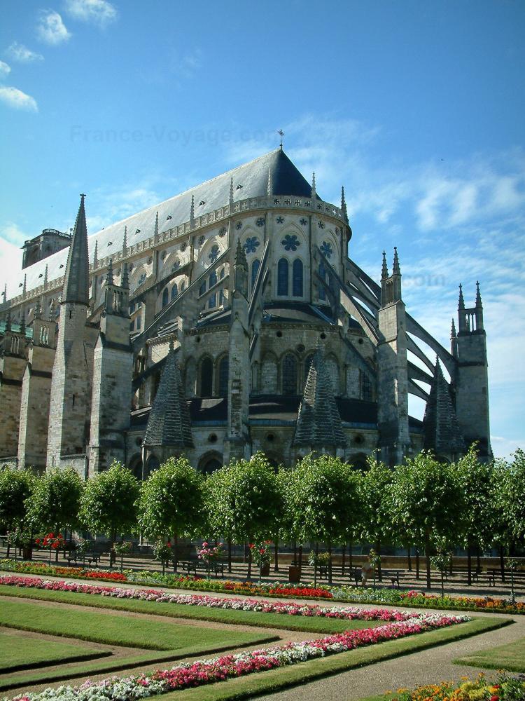 Foto bourges guida turismo e vacanze for Casa di architettura gotica