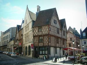 Bourges - Houses of the city, some with half-timbering