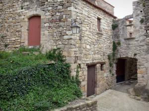 Boussagues - Stone house of the medieval village