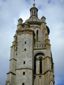 Bressuire 7 immagini di qualit in alta definizione for Casa revival gotica