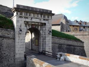 Briançon - Upper town (Vauban citadel, fortified town built by Vauban): Pignerol front-door and fortifications