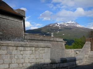 Briançon - Upper town (Vauban citadel, fortified town built by Vauban): fortifications with view of the mountain