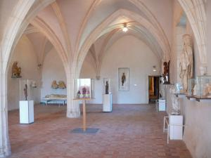 Brou Royal Monastery - Brou museum: refectory and its collection of ancient sculptures
