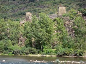Brousse-le-Château - Towers of the Brousse castle overlooking River Tarn