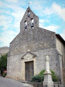 Bruniquel - Church with its bell tower and memorial