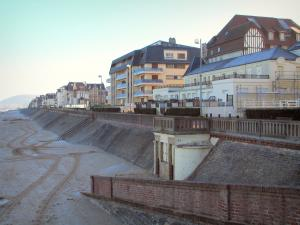 Cabourg - Côte Fleurie (Flower coast): villas, residences, and beach of the seaside resort
