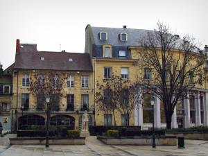 Caen - Houses and square with trees, statue, shrubs and lampposts