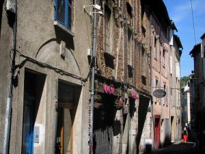 Cahors - Facades of houses, in the Quercy